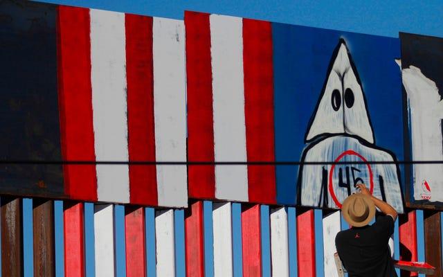 カード・アゲンスト・ヒューマニティは、トランプの壁を封鎖するために、米国とメキシコの国境沿いの土地を購入します