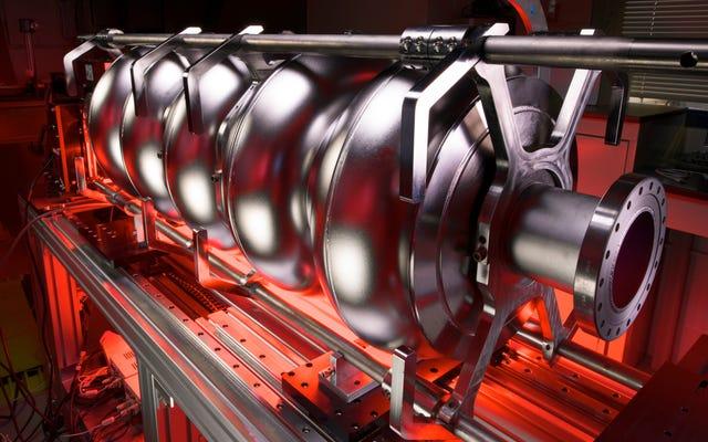 Fermilab, 뉴트리노의 신비를 풀기위한 새로운 입자 가속기 개발