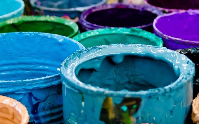 古い塗料を寄付または処分する方法