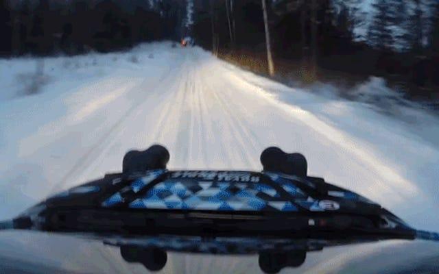 Disfrute de la perfección de conducción invernal en Sno * Drift Rally 2015