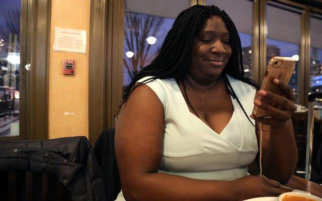 黒人女性がフリアン・カストロの大統領選挙運動を主導しているとはどういうことか