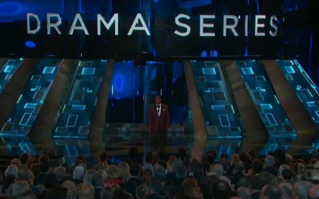 トレイシー・モーガンのエミー賞のスピーチは、彼の最高の、最も卑劣なジョークの1つをちりばめました