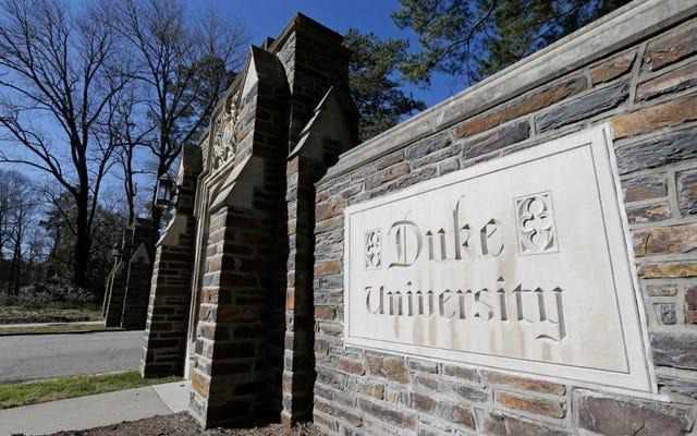 Aşırı doz? Good Man? ': Duke Üniversitesi'nde George Floyd Fotoğrafının Yanında Korkak Pimleri Toksikoloji Raporu