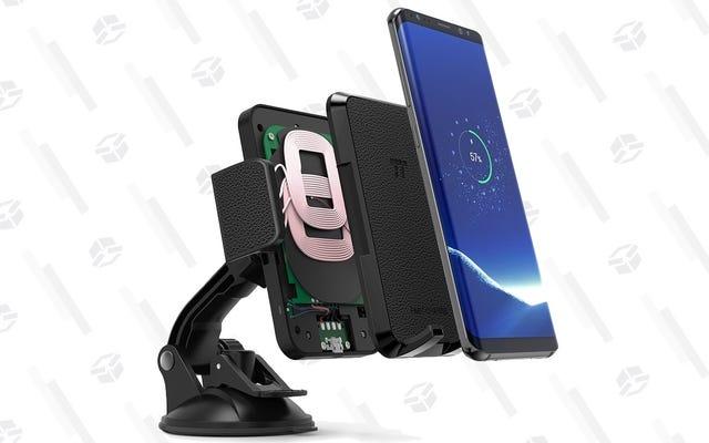 Il existe maintenant un moyen moins coûteux de charger votre téléphone sans fil dans la voiture