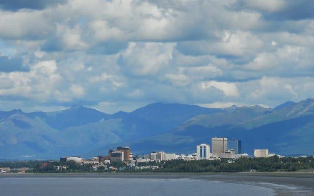 Alaska al horno: Anchorage rompe el récord de temperatura cuando el termómetro alcanza los 90 grados