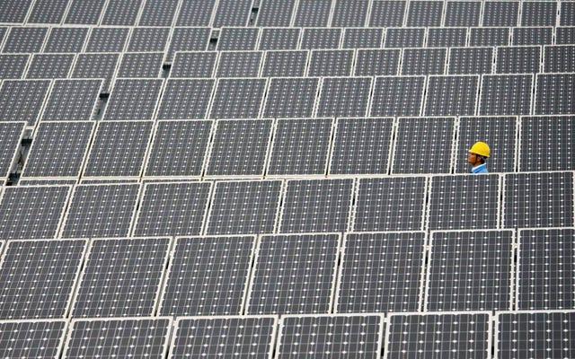 世界は記録的な速度で再生可能エネルギーを導入し続けています