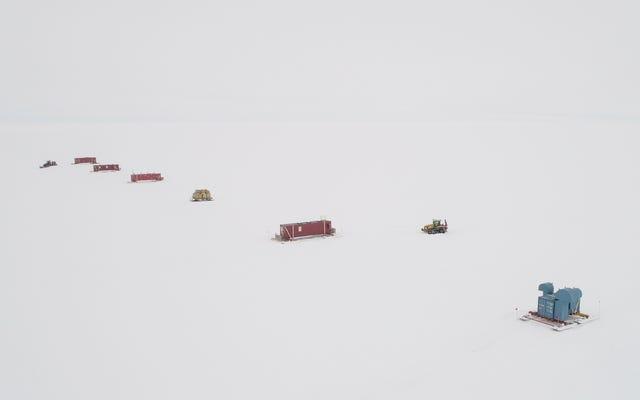 レポート:南極の氷の下の深い湖で見つかった生命の証拠
