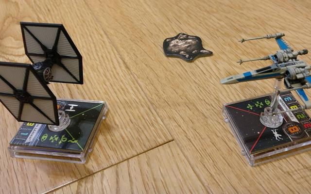 ああ、いや、X-Wingの卓上ゲームに夢中になった