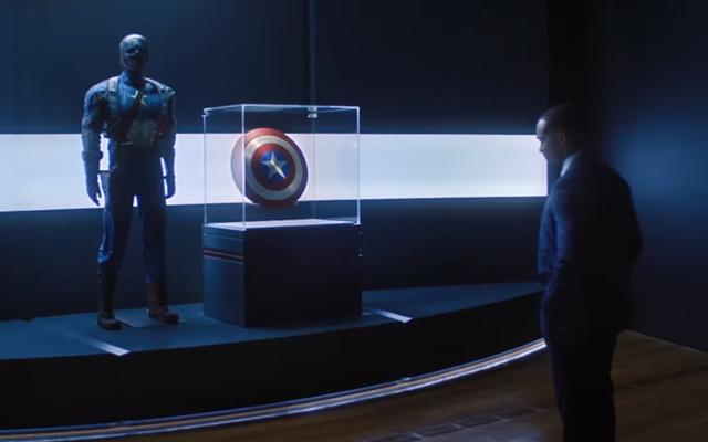 Dalam The Falcon and the Winter Soldier's Final Trailer, Steve Rogers 'Shield Membuat Bayangan Besar