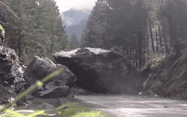 200トンの岩に爆薬を吹き付けるのは超スローモーションでしか見られない芸術です