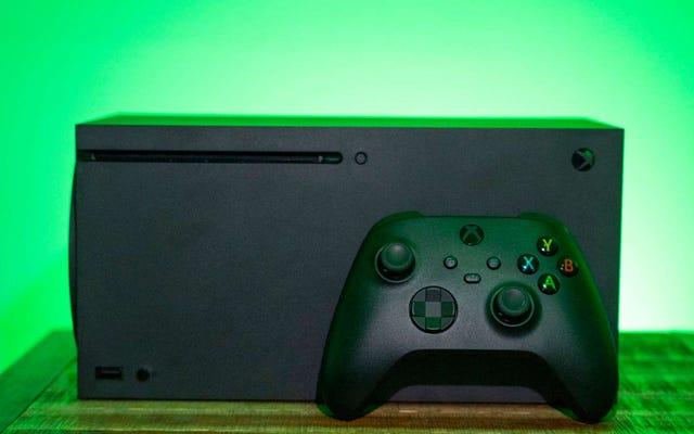 Microsoft cho biết họ đang điều tra một bản sửa lỗi cho việc ngắt kết nối bộ điều khiển Xbox Series X
