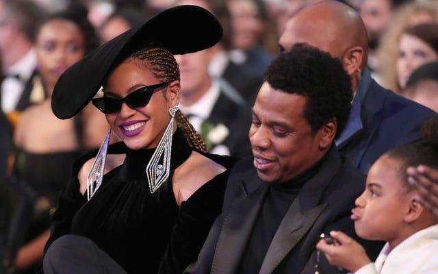 Evaluemos la evidencia de que Beyoncé está involucrada de alguna manera en Black Panther