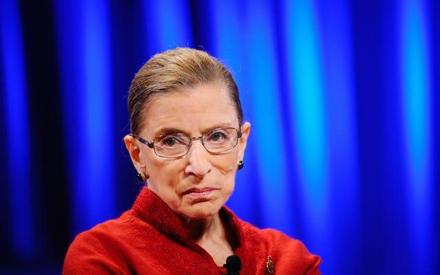 Opini 'Arogan' Tentang Keadilan Ginsburg tentang Protes Lagu Kebangsaan