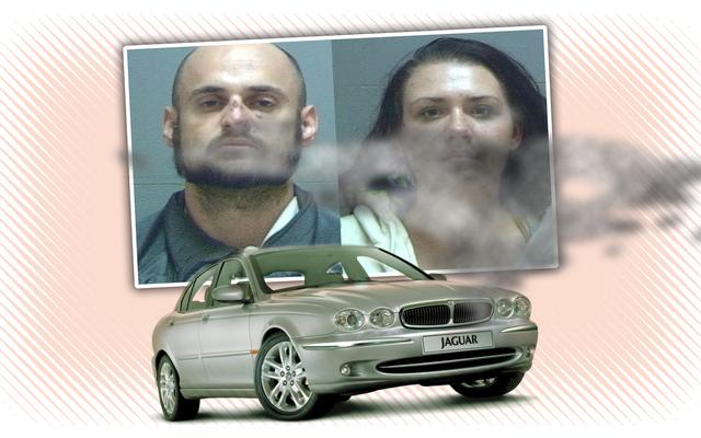 Un voleur de voiture attrapé lorsque Jaguar volé à mi-course tombe en panne