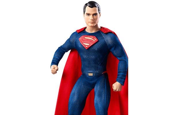 Aku Tidak Bisa Berhenti Menatap Mata Melamun Superman Barbie