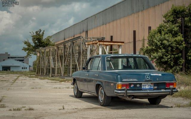 Regardez ces vieilles voitures et vous verrez que la patine peut rendre une voiture meilleure