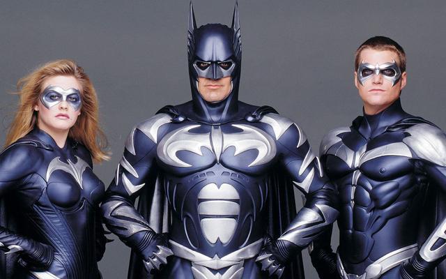 George Clooney non è ancora soddisfatto della critica rivalutazione di Batman e Robin