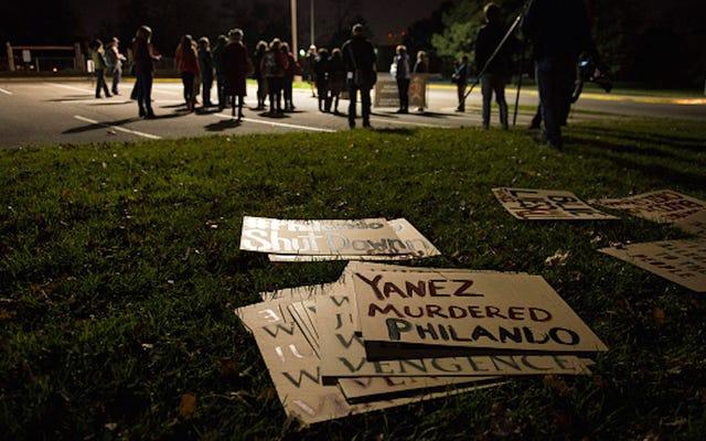 Un officier accusé d'avoir tué Philando Castile plaide `` non coupable ''