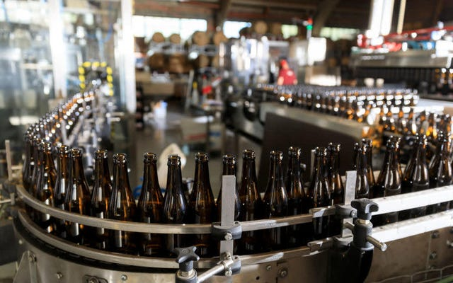 La entrega de alcohol podría convertirse en la nueva normalidad