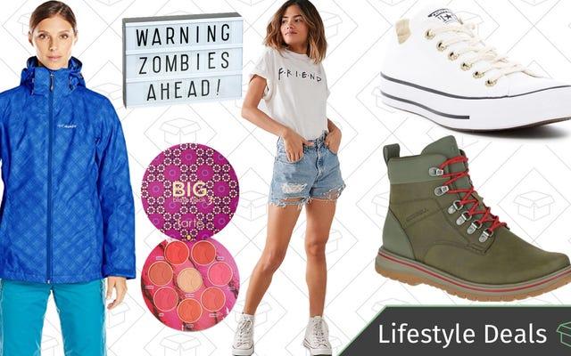 Promo Gaya Hidup Terbaik hari Jumat: Perlengkapan Musim Dingin, Sepatu Bot Merrell, Penjual Pakaian Perkotaan, Converse, dan Lainnya