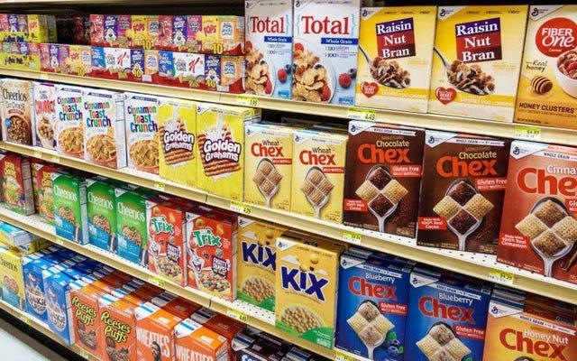 महामारी ने अमेरिकनों को नाश्ते के अनाज के ढेर में बदल दिया