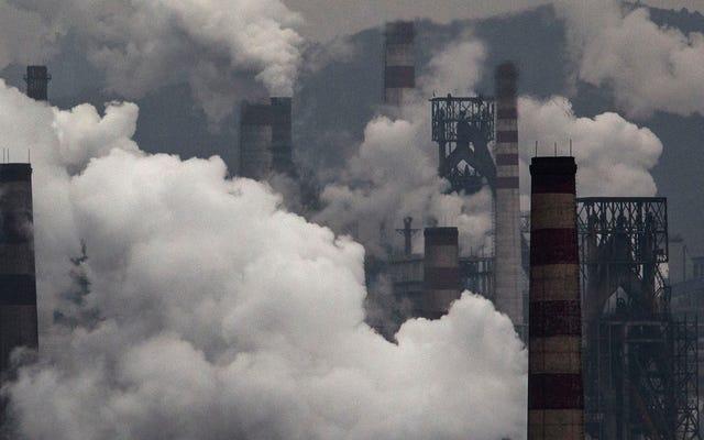 अगर हम पाइपलाइन में पहले से ही फॉसिल फ्यूल इंफ्रास्ट्रक्चर का निर्माण करते हैं तो जलवायु मूल रूप से बर्बाद हो गई है