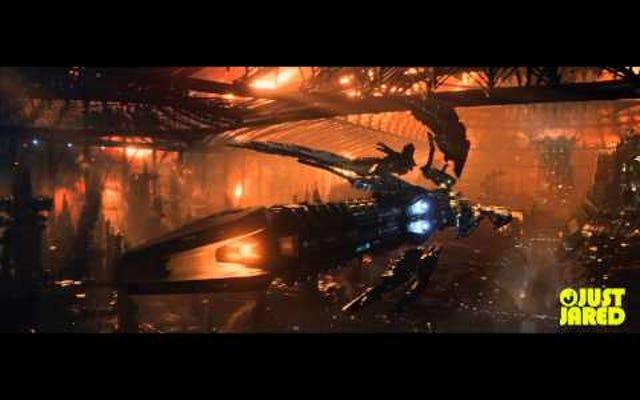 最終ジュピター昇順トレーラーは映画全体のミニバージョンです