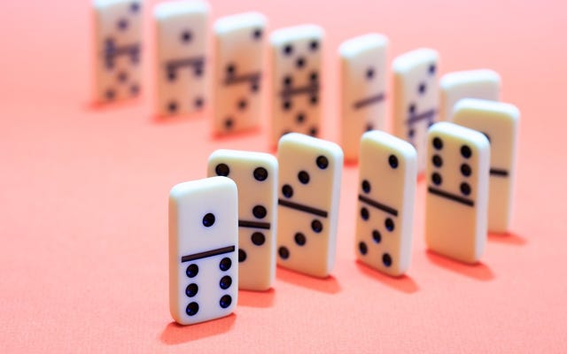 สร้างปฏิกิริยาลูกโซ่ของนิสัยที่ดีด้วย Domino Effect