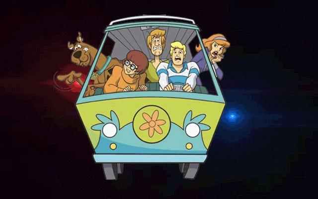 Scooby Doo Van dẫn đầu cảnh sát khi truy đuổi 100 MPH, tài xế tẩu thoát