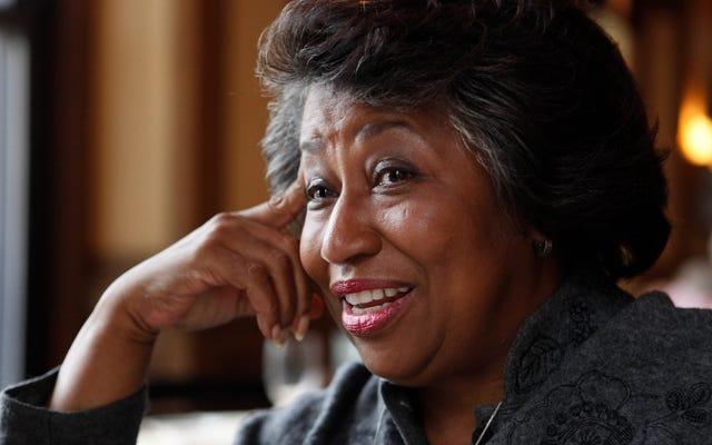 キャロル・モーズリー・ブラウン、国の最初の黒人女性上院議員は、ジョー・バイデンの内閣に加わるように見えます