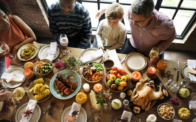 あなたの子供に感謝祭で何も食べさせないでください