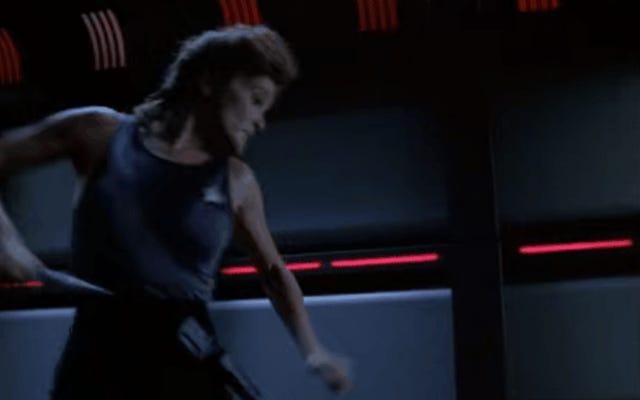 キャプテンジェインウェイが巨大ウイルスと戦うのを見る最大の喜び