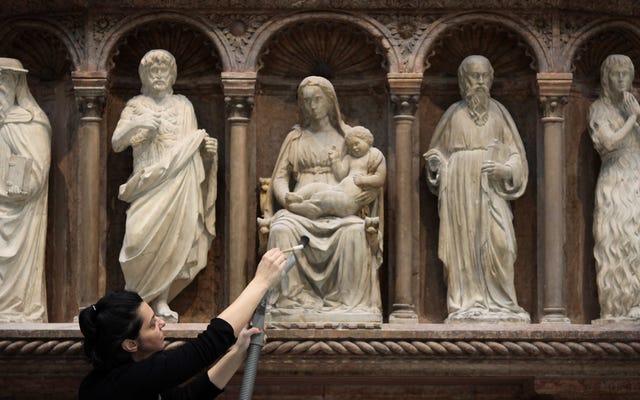 歴史的遺物に注意するように人々に何回思い出させる必要がありますか?