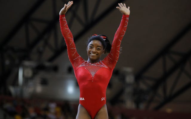 Simone Biles est maintenant la gymnaste féminine la plus décorée de l'histoire des championnats du monde