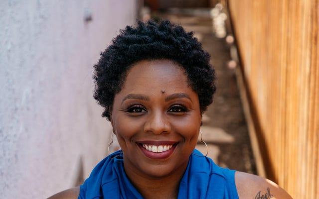 パトリッセ・カラーズは黒人活動家の物語で「ニュアンスを切望している」-そして彼女はワーナーブラザースTVでそれを作成することを計画している