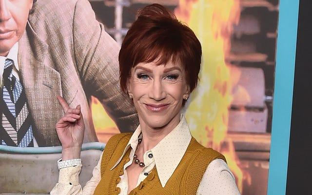 Birisi lütfen Kathy Griffin'e hepimizin yoluna devam ettiğimizi söyleyecek mi?