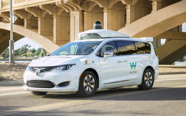 Cosa vuoi sapere sulle auto a guida autonoma di Waymo?