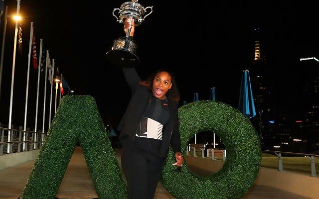 सेरेना विलियम्स रॉक्स नंबर 23 जॉर्डन—माइकल जॉर्डन द्वारा भेजी गई—अपनी 23वीं ग्रैंड-स्लैम जीत का जश्न मनाने के लिए