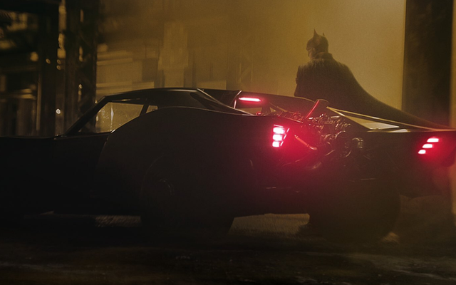 Batman Jatuh Kembali, Flash Melaju Maju di Warner Bros. Perombakan Jadwal Terbaru