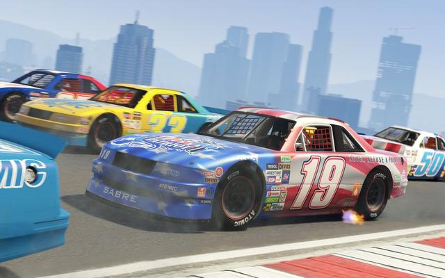 GTAオンラインの無料の新しいアップデートはステロイドのナスカーのようなものです