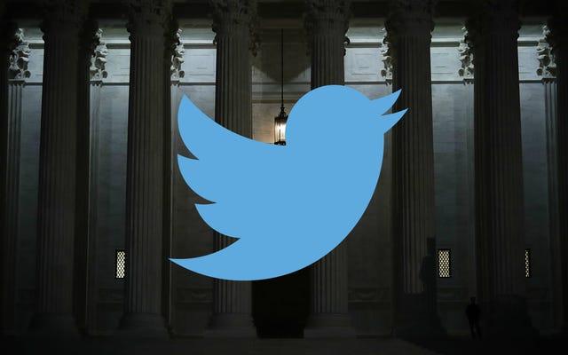 व्हाइट हाउस एक नए ट्विटर हैंडल के साथ अपनी SCOTUS लड़ाई की तैयारी करता है