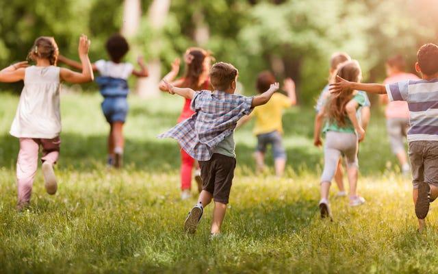 教師によると、乱暴な子供たちを落ち着かせる方法