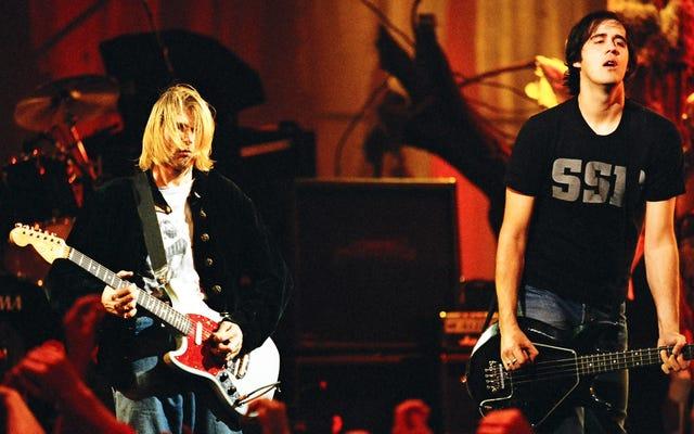 Krist Novoselic de Nirvana croit que les maîtres de Nevermind ont perdu dans le feu d'Universal