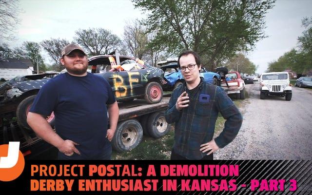 Conozca al entusiasta de Kansas Demo-Derby que instaló neumáticos militares de 52 pulgadas en su camioneta