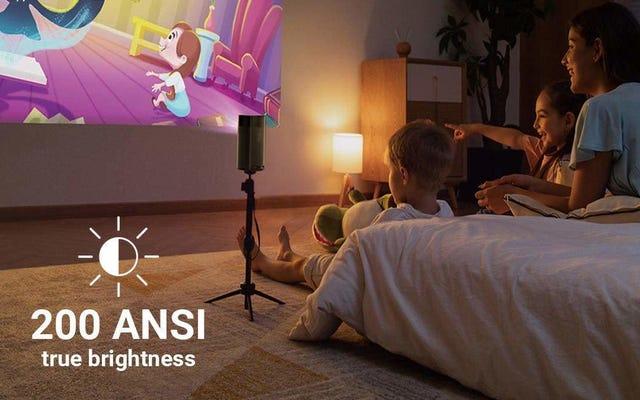 El proyector portátil más nuevo de Anker cambia la resolución por el brillo y tiene un descuento de $ 50 en el lanzamiento