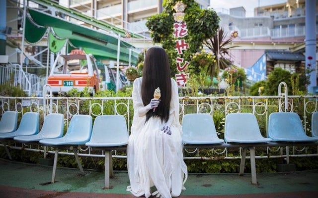 Очарование знакомства с японским персонажем ужасов