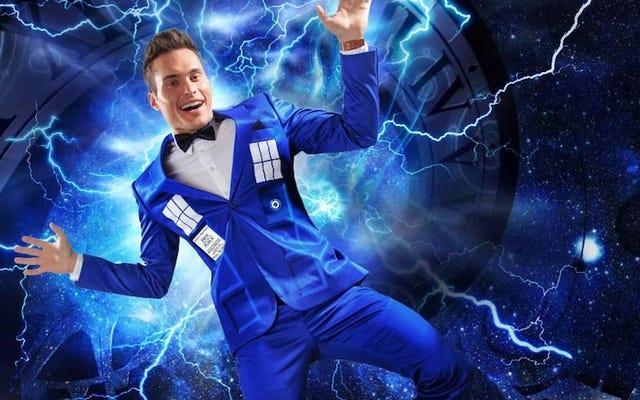 अब पुरुष एक अंतरिक्ष यान फोन बूथ की तरह पोशाक कर सकते हैं, भी