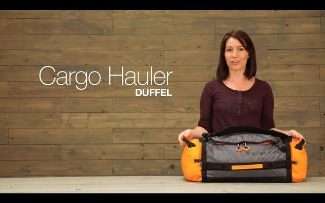 複数のサイズと色のお気に入りのダッフルバッグを手に入れましょう