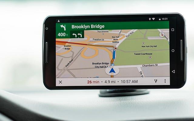 Diez consejos para agilizar los viajes con Google Maps y Apple Maps