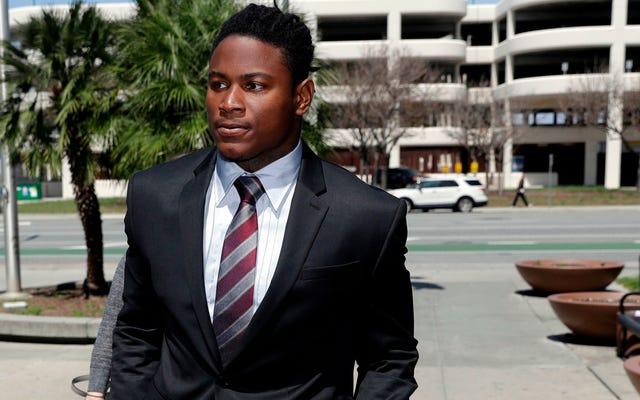 Pengacara Mantan Pacar Ruben Foster Mengatakan Kliennya Berbohong Kepada Polisi Tentang Kekerasan Dalam Rumah Tangga